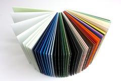 färgade papperen Royaltyfria Bilder