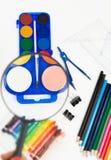 Färgade skolatillförsel Royaltyfri Bild