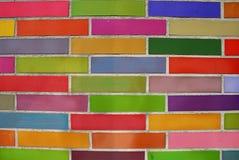 färgade tegelstenar Arkivbilder