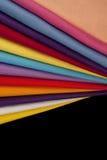 färgade tyger menade mång- Arkivbild