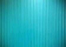 Färgar den vertikala linjen texturligthblått för metallväggen Arkivbild