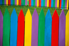 färgat staket royaltyfri foto