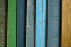 Färgat trä river av - träbakgrund royaltyfri fotografi