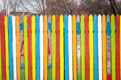 Färgat wood staket fotografering för bildbyråer