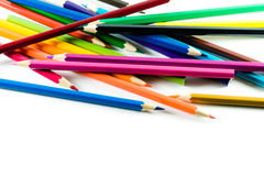 Färgblyertspenna på pappers- bakgrund Arkivbild