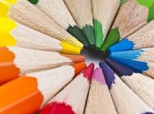 Färgblyertspenna på vit Royaltyfri Bild