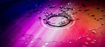 Färgdroppe i vattnet Royaltyfria Foton