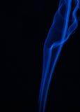 Färgen av rök på svart Arkivfoto