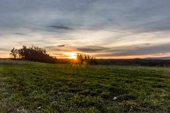 Färger av himlen under de sista minuterna av en solnedgång Arkivfoto