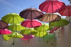 färgerna av regnbågeflyget royaltyfria foton
