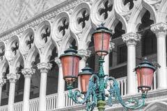 Färgfärgstänkfoto av dogeslotten Venedig, Italien royaltyfria bilder