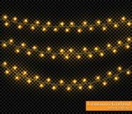Färggirland, festliga garneringar Glödande julljus som isoleras på genomskinlig bakgrund Royaltyfria Bilder