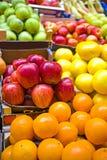 färgglad frukt Fotografering för Bildbyråer