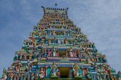 Färgglad hinduisk tempel i den Nagadeepa ön i Sri Lanka Fotografering för Bildbyråer