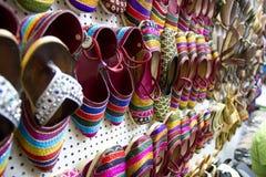 Färgglad indisk handgjord sko Arkivbilder