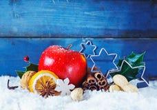 Färgglad julstillebenbakgrund Arkivfoto