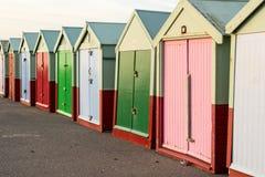 färgglad kojarad för strand Royaltyfria Foton