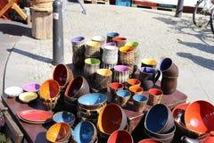 färgglad krukmakeri Fotografering för Bildbyråer