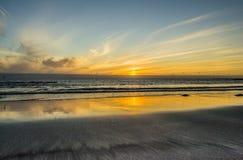 Färgglad solnedgång i Island Fotografering för Bildbyråer