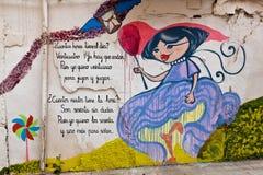 Färgglad väggväggmålning eller grafitti Arkivbild