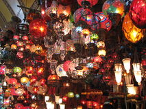 färgglada lampor fotografering för bildbyråer