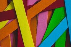 Färgglade ark av papper för quilling arkivbild