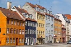 Färgglade byggnader i Köpenhamn royaltyfria bilder