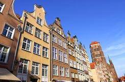 Färgglade gamla byggnader i stad av Gdansk, Polen Royaltyfri Fotografi