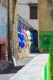 Färgglade gator i Italien royaltyfri foto