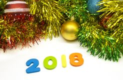 2018 färgglade glitterjul för lyckligt nytt år planlägger bakgrund Fotografering för Bildbyråer