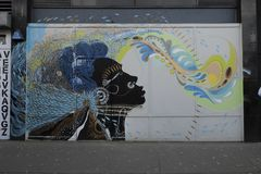 Färgglade grafitti i Croydon, UK royaltyfri fotografi