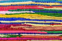 Färgglade handgjorda filtar Arkivfoton