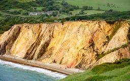 Färgglade klippor, ö av wighten royaltyfria foton