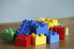 Färgglade legotegelstenar royaltyfri foto