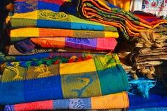 Färgglade mexicanska tabelltorkdukar Arkivfoto