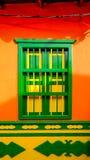Färgglat fönster i Guatapé, Antioquia, Colombia Fotografering för Bildbyråer