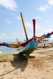 Färgglat Tradiional Jakung fartyg på Bali Arkivfoton
