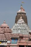 färgglatt hinduiskt tempel Fotografering för Bildbyråer