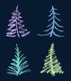 Färgpenna eller vitkrita som ungehanden som drar den roliga uppsättningen för form för träd för glad jul på svart royaltyfri illustrationer