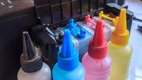 Färgpulverpåfyllning Arkivbild