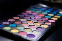 färgrik ögonskuggapallette Royaltyfri Foto