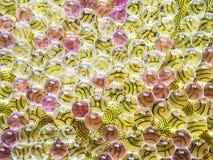 Färgrik abstrakt bakgrund med heliumballonger royaltyfri fotografi