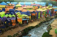 Färgrik by av Jodipan Malang royaltyfri foto