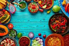 Färgrik bakgrund Mexico för mexicansk matblandning arkivfoto