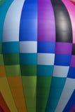 Färgrik ballong för varm luft (closeupen) Royaltyfri Foto