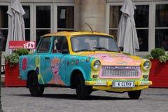 färgrik bil Arkivbilder