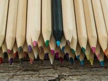 Färgrik blyertspennamakro Arkivbild