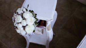 Färgrik bukett för härligt bröllop för brud arkivfilmer