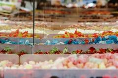 Färgrik candysmarknad Arkivbild