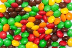 Färgrik choklad - täckt godis Royaltyfri Bild